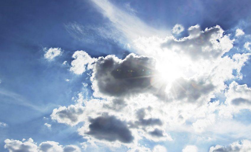 clouds-3659631_960_720